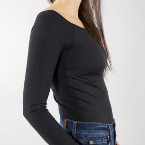 Everyday Off The Shoulder Tee-  OS Misses (0-10)